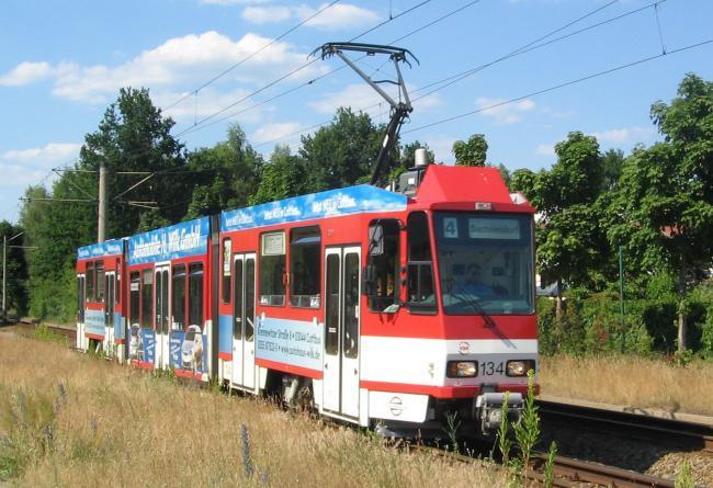 KTNF6-Tw 134 als Linie 4 in Cottbus Neu-Schmellwitz (Foto: Xenofoncz)