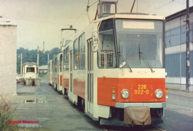 Dresden: T6A2/B6A2-Prototypen 226 002, 226 001, 276 001 im August 1986