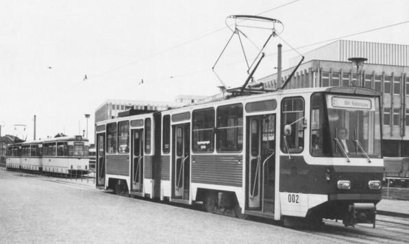 KT4D-Prototyp 002 am 27. Juni 1975 als Linie 2 in Potsdam