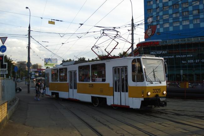 T7B5-Tw 3325 am 3. Juli 2008 in Moskau