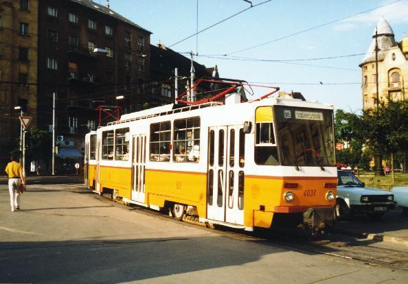 T5C5-Tw 4037 im August 1994 mit einem weiteren T5C5-Tw als Doppeltraktion